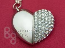 Сердце, флешка в виде сердца