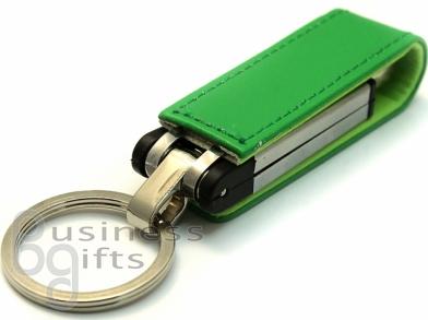 Зеленая флешка прямоугольной формы