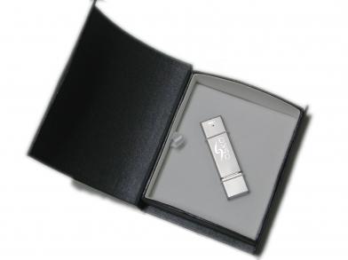 Овальная упаковка для флеш-накопителей