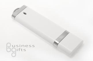 Белый пластиковый флеш накопитель под тампо или шелкопечать