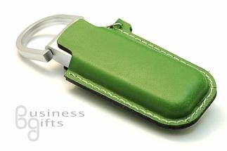 Флешка с зеленым кожаным футляром