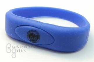 Синяя флешка браслет