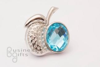 Стальное яблоко с голубым камнем