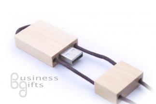 Деревянная флешка со шнурком под нанесение логотипа